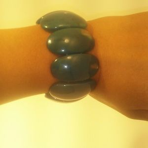 Jewelry - Emerald Green Bracelet (bb8)